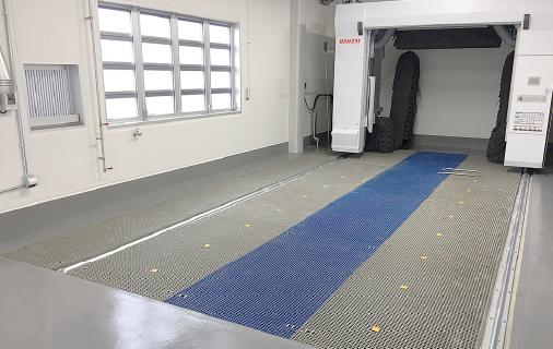 FRPグレーチング+門型洗車機(埋設仕様)